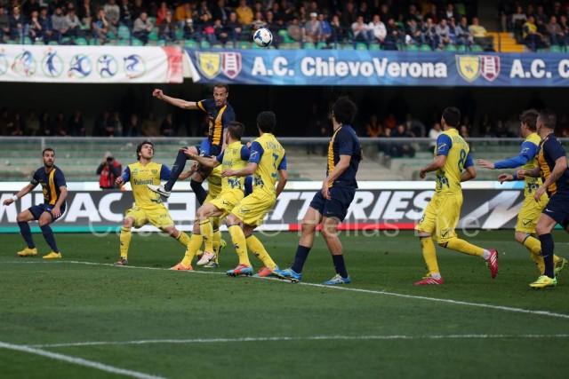 ChievoVerona_-_Hellas_Verona_0580_(2).jpg