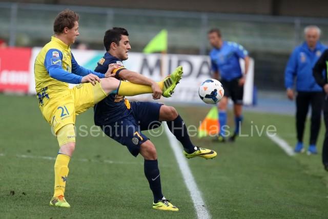 ChievoVerona_-_Hellas_Verona_0449_(2).jpg