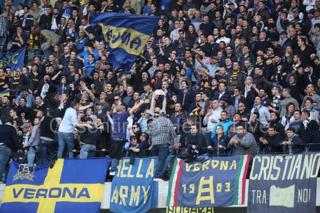 ChievoVerona_-_Hellas_Verona_1132_(2).jpg