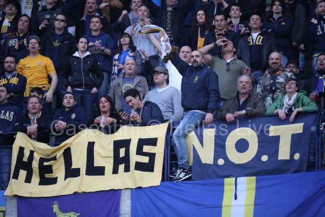 ChievoVerona_-_Hellas_Verona_1121_(2).jpg