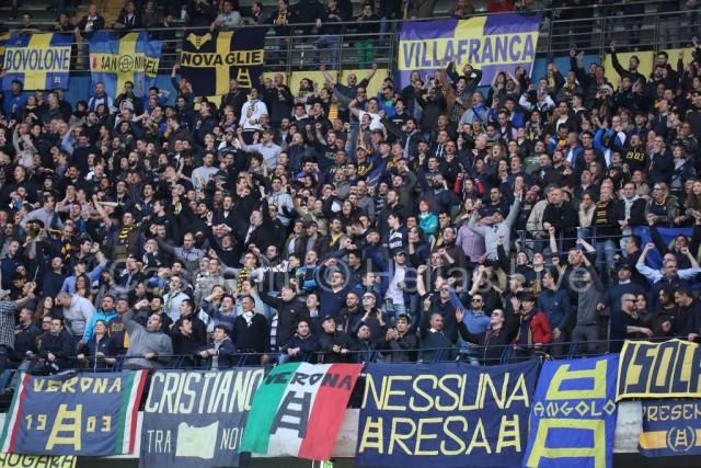ChievoVerona_-_Hellas_Verona_1143_(2).jpg