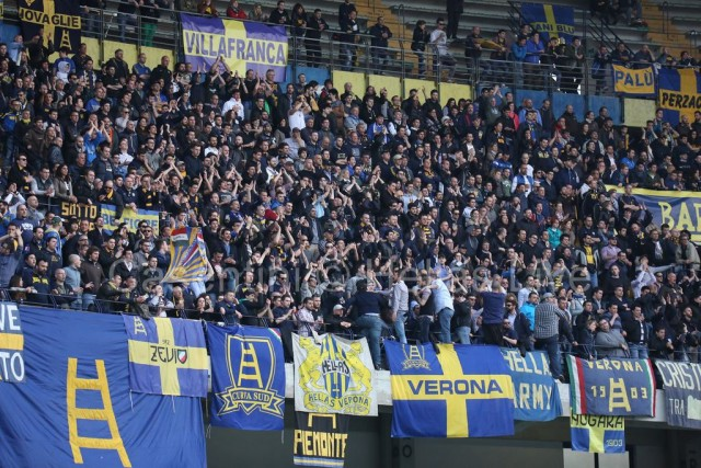 ChievoVerona_-_Hellas_Verona_1017_(2).jpg