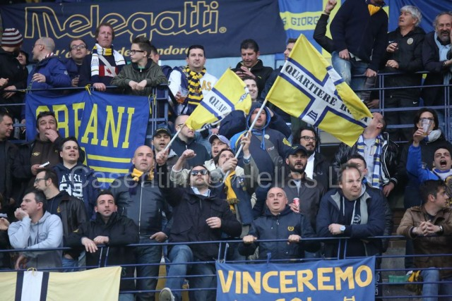 ChievoVerona_-_Hellas_Verona_1114_(2).jpg