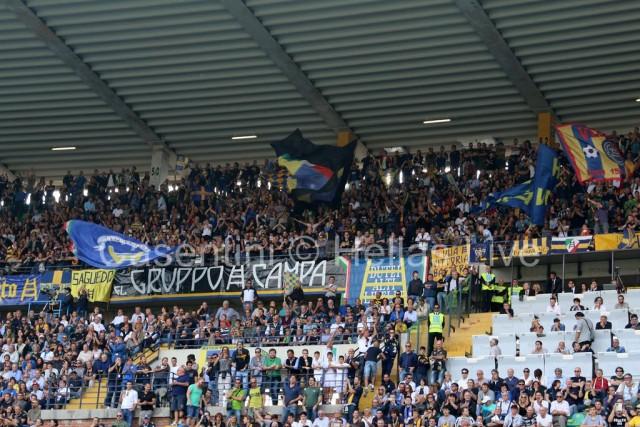 Hellas_Verona_-_AC_Milan_0508_.JPG
