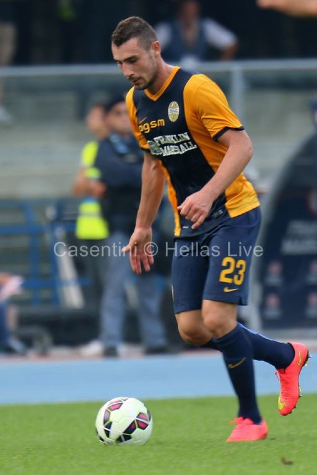 Hellas_Verona_-_AC_Milan_1158_.JPG