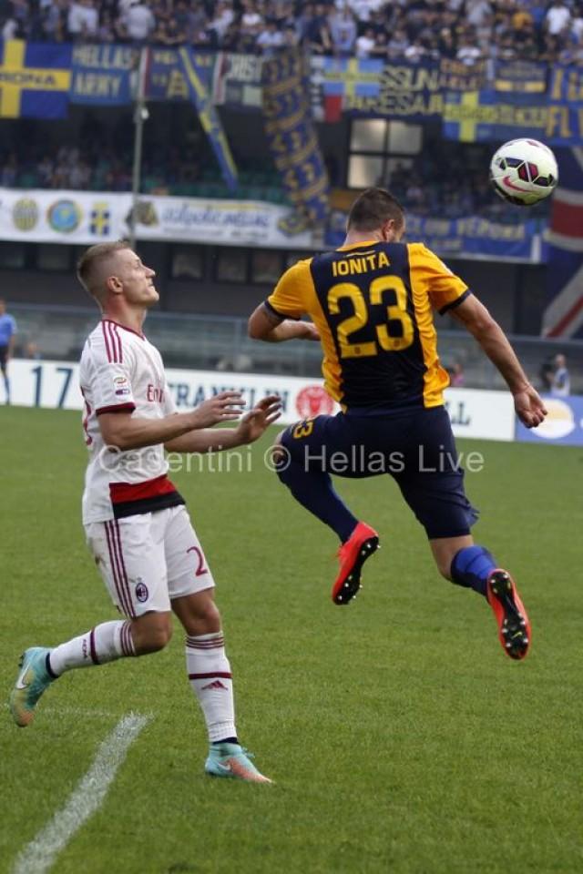 Hellas_Verona_-_AC_Milan_2322_.JPG