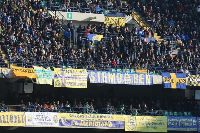 Hellas_Verona_-_ChievoVerona_2004.JPG