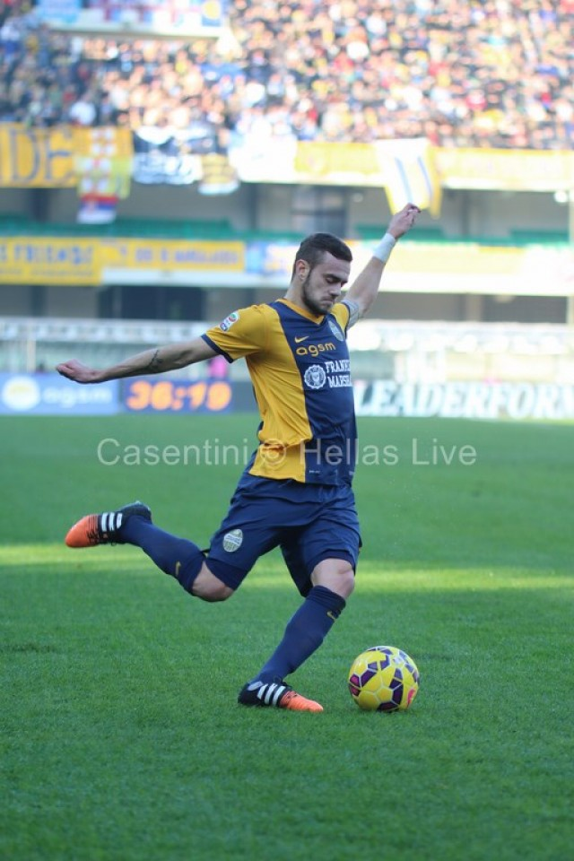 Hellas_Verona_-_ChievoVerona_1498.JPG
