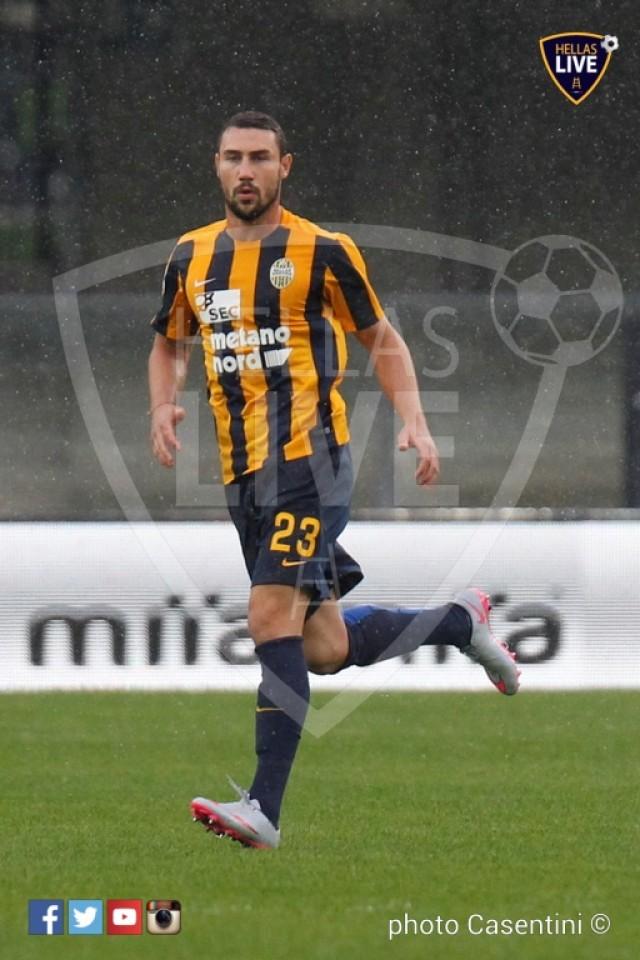 Hellas_Verona_-_Torino_FC_(2120).JPG