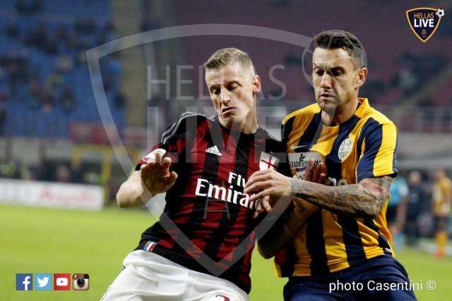 Milan_-_Hellas_Verona_(2531).JPG