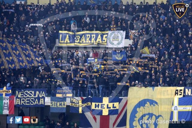 Hellas_Verona_-_Genoa_CFC_(3422).JPG