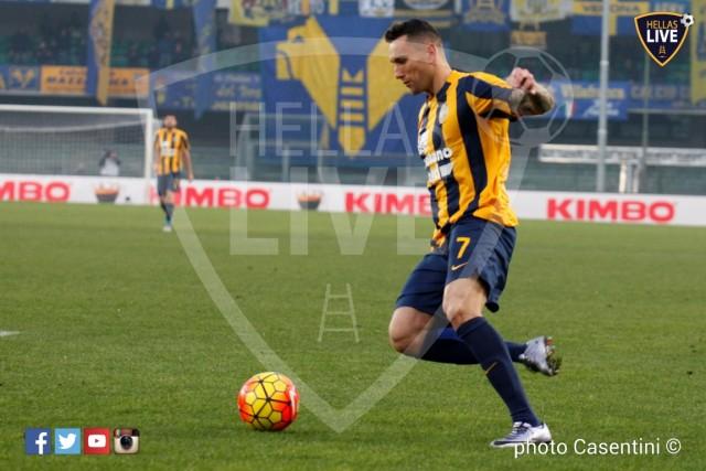 Hellas_Verona_-_Genoa_CFC_(3225).JPG