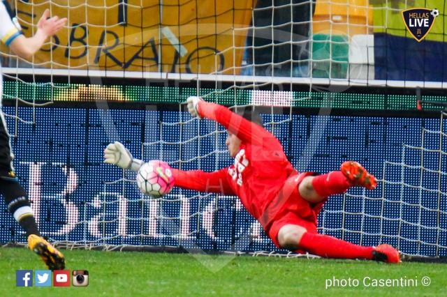 Udinese_-_Hellas_Verona_(2352)_copie.jpg