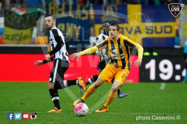 Udinese_-_Hellas_Verona_(2693)_copie.jpg