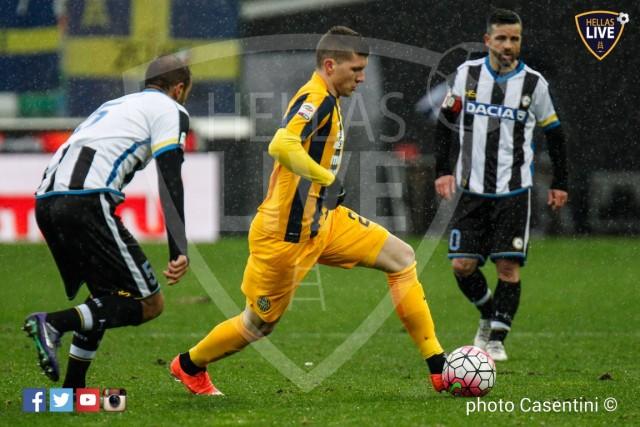 Udinese_-_Hellas_Verona_(2477)_copie.jpg