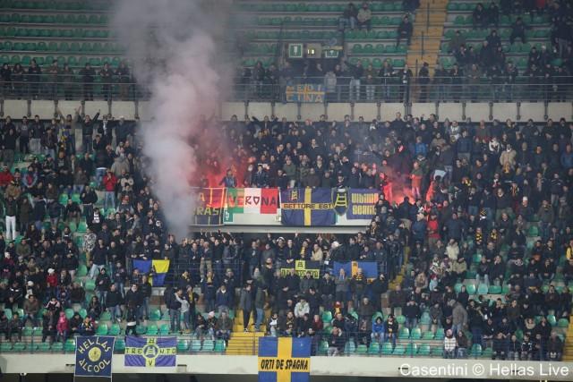 Hellas_Verona_-_Livorno_0067_(2)._.jpg